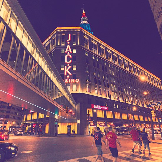 cleveland oh attractions museums amusement parks stadiums
